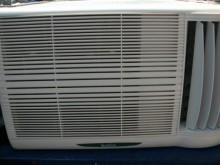 [9成新] 日昇家電~歌林0.8噸右吹窗冷窗型冷氣無破損有使用痕跡