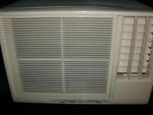 [9成新] 日昇家電~三洋0.8噸右吹窗冷窗型冷氣無破損有使用痕跡