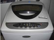 [8成新] 惠而浦10公斤洗衣機超漂亮...洗衣機有輕微破損