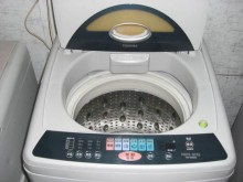 [8成新] 東芝 9公斤 洗衣機 兩年保固洗衣機有輕微破損