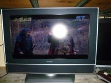 [8成新] 李太太~飛利浦32吋液晶色彩鮮艷電視有輕微破損