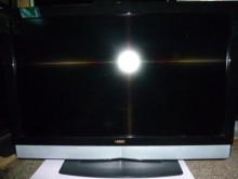 [8成新] VIZIO42吋液晶色彩畫質鮮艷電視有輕微破損