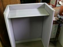 [95成新] 0A辦公室掛衣櫃其它辦公家具近乎全新