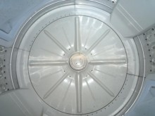 [8成新] 黃阿成~日立10公斤洗衣機洗衣機有輕微破損