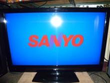 [8成新] 三洋40吋液晶內附數位機上盒電視有輕微破損