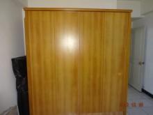 二手6呎原木製大衣櫃廉售衣櫃/衣櫥無破損有使用痕跡