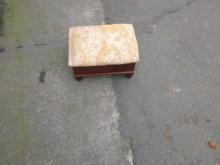 可置物的小沙發凳其它沙發無破損有使用痕跡