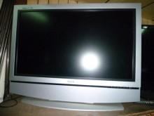 [8成新] 歌林37吋液晶色彩鮮艷畫質佳電視有輕微破損