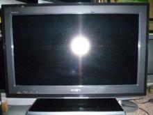 [8成新] 新力27吋液晶色彩鮮艷畫質優電視有輕微破損