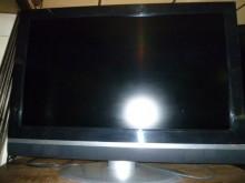 大同42吋液晶色彩鮮艷畫質佳電視有輕微破損