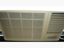 [9成新] 日昇家電~東元1.42噸右吹窗冷冷氣搖控器無破損有使用痕跡