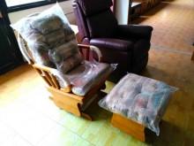 [全新] 躺椅(附軟墊)(清倉大降價)躺椅全新