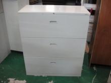 [8成新] C303-40*三抽理想櫃辦公櫥櫃有輕微破損