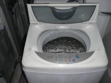 [8成新] 品牌7~12公斤洗衣機三個月保證洗衣機有輕微破損
