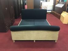 非凡黑色絨布6×6.2造型床架組雙人床架無破損有使用痕跡