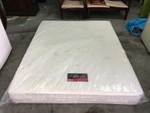 非凡 標準雙人5尺獨立筒床墊雙人床墊有明顯破損