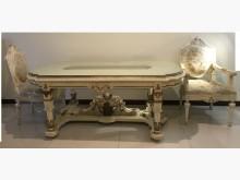 [9成新] 巴洛克收工雕刻餐桌椅餐桌無破損有使用痕跡