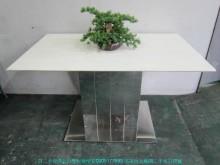 【台北二手家具】白色人造石餐桌餐桌無破損有使用痕跡