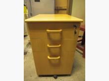 尚典中古家具~木紋三層活動櫃收納櫃近乎全新