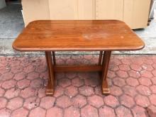 [8成新] 香榭二手家具*黃橡木實木4尺餐桌餐桌有輕微破損