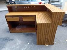 非凡二手 六尺L型木紋吧檯接待桌其它桌椅無破損有使用痕跡