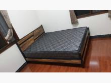 [全新] 工廠出清貨工業風木心板鐵腳5尺床雙人床架全新