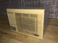 03050108普騰窗型冷氣窗型冷氣無破損有使用痕跡
