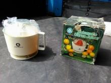 連欣二手家電-亞佳牌自動榨汁機果汁機近乎全新