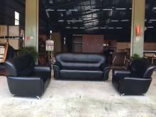 [9成新] 全新黑乳膠3+2+1沙發組其它沙發無破損有使用痕跡