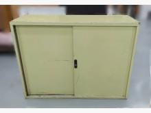[7成新及以下] C81605*辦公4尺鐵櫃*辦公櫥櫃有明顯破損