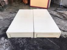 東鼎二手乳白5尺兩抽雙人床箱#3雙人床架無破損有使用痕跡