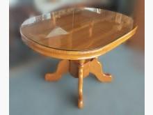 [7成新及以下] F102202*木色餐桌*餐桌有明顯破損