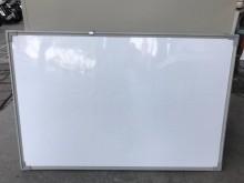 大慶二手家具 三尺白板其它無破損有使用痕跡