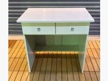 A1118AJJB 白色二抽書桌書桌/椅有輕微破損