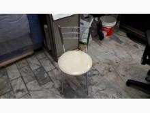 [95成新] 九五成新白色化妝椅.4千免運鏡台/化妝桌近乎全新