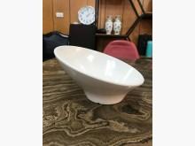 大慶二手家具 白色美耐皿斜口碗碗/缽/盤/碟無破損有使用痕跡