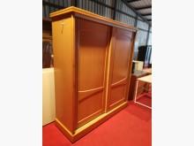 典雅原木六尺滑門衣櫃(附鏡)衣櫃/衣櫥無破損有使用痕跡