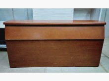 二手柚木色5尺床頭箱 桃園區免運雙人床架有明顯破損