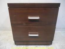 [9成新] 二手胡桃色48公分雙抽床邊櫃床頭櫃無破損有使用痕跡