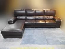[9成新] 二手咖啡色289公分L型皮沙發L型沙發無破損有使用痕跡