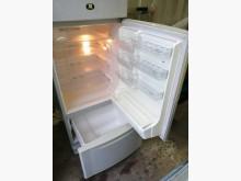 新北市汐止佳佳二手8成新冰箱3門冰箱有輕微破損
