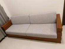 [9成新] [九成新]詩肯柚木經典款三人沙發木製沙發無破損有使用痕跡