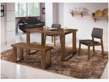 羅本北歐4.3尺淺胡桃全實木餐桌餐桌全新