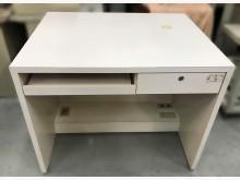 [7成新及以下] E32003*白色書桌*書桌/椅有明顯破損