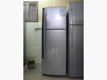 [8成新] 東芝雙門電冰箱230公升極新冰箱有輕微破損