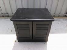 [8成新] 連欣二手傢俱-百葉開門式收納櫃收納櫃有輕微破損