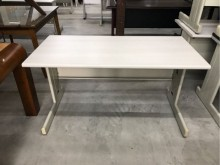[95成新] 140cm辦公桌/辦公桌/書桌辦公桌近乎全新