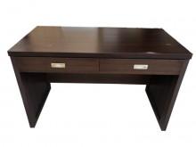 [8成新] *E53005*胡桃色二抽書桌*書桌/椅有輕微破損