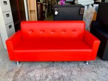 [全新] 全新品亮紅色鱷魚皮鑲鑽三人座沙發雙人沙發全新