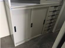 [8成新] (二手)四尺邊七抽鐵櫃辦公櫥櫃有輕微破損